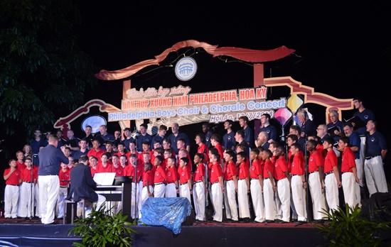Hội An là 1 trong 3 địa phương của Việt Nam được đoàn chọn biểu diễn trong chuyến lưu diễn lần này