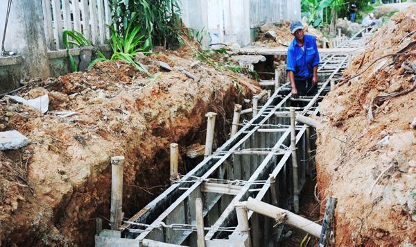 Hệ thống kênh mương cũng được đầu tư mở rộng để phục vụ sản xuất.