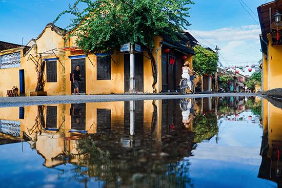 """""""Thành phố soi bóng"""" - bức ảnh của Anh Vũ đoạt giải trong một cuộc thi ảnh về di sản."""