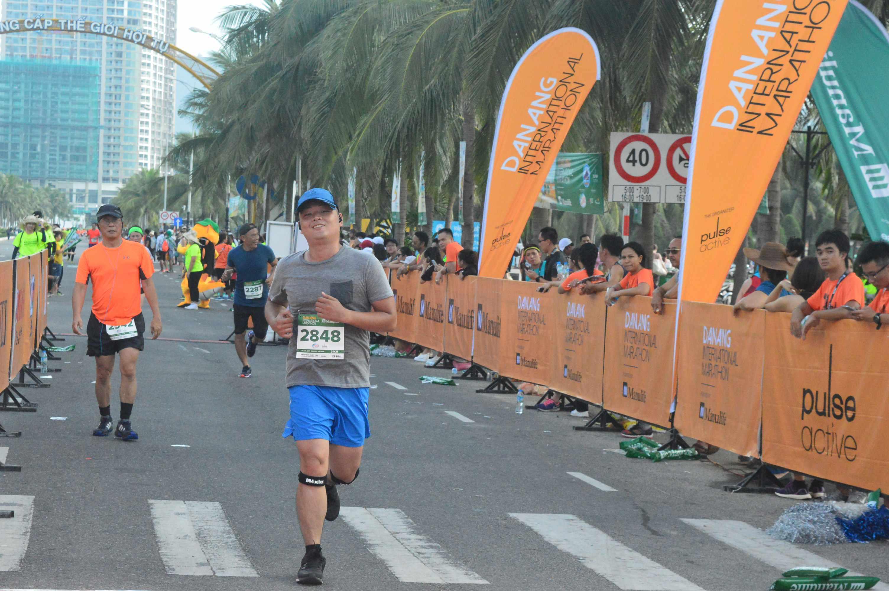 Các vận động viên tham dự cuộc thi Marathon quốc tế Đà Nẵng năm ngoái. Ảnh: Q.T