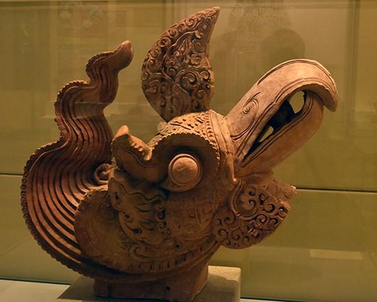 Terra-cotta head of phoenix under Ly dynasty