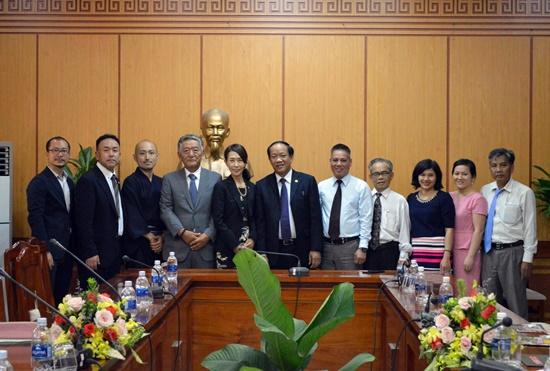 Quang Nam leader and the Japan's delegation