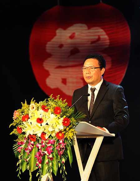 Vice Chairman Thanh gives the opening speech at the event