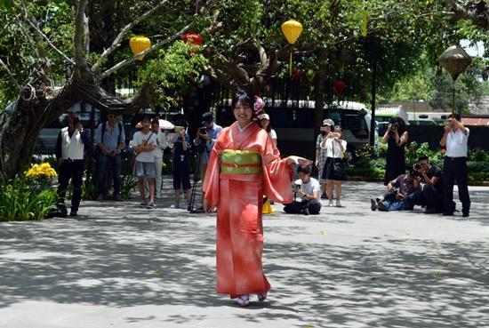 Trang phục truyền thống Kimoto Nhật Bản đã mang đến nhiều thú vị cho người xem