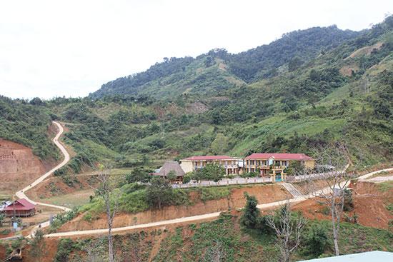 Trường học vùng cao Tây Giang. Ảnh: Đ.H