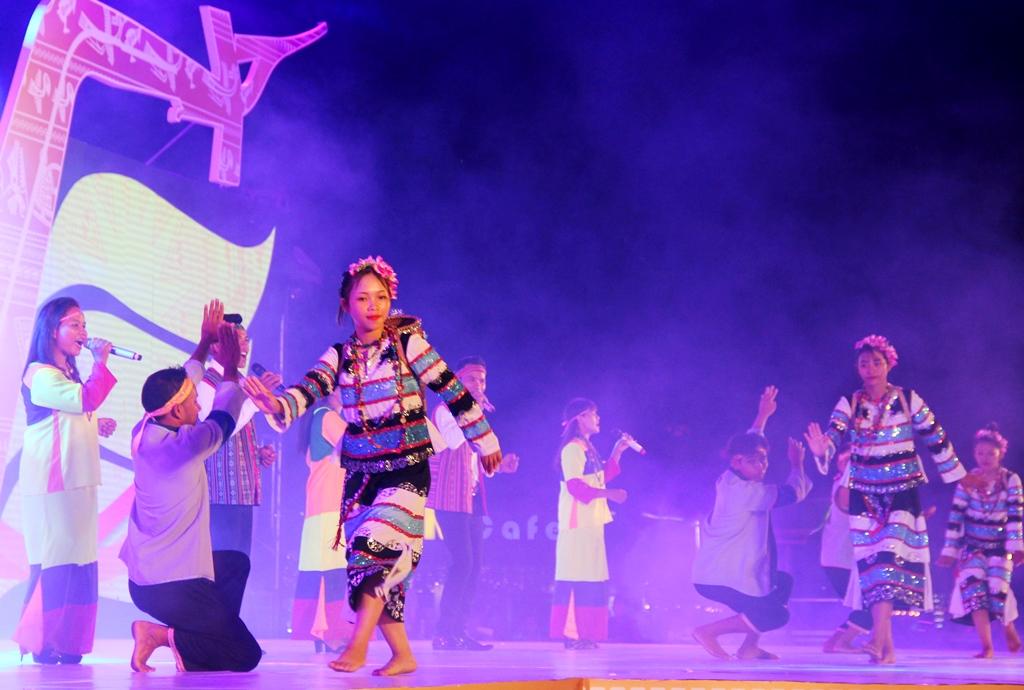 Một tiết mục nghệ thuật của các nghệ nhân Raglai đến từ tỉnh Khánh Hòa. Ảnh: A.N