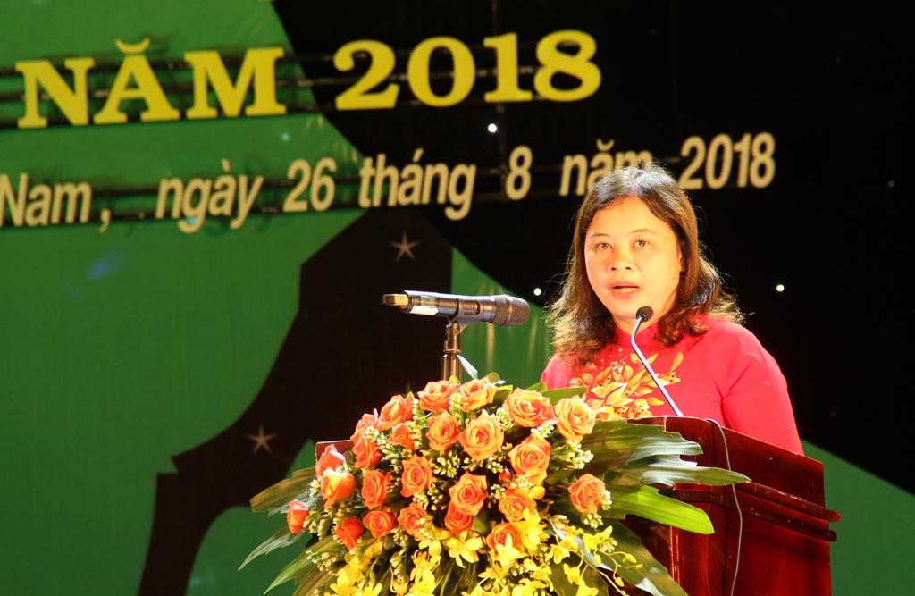 Vụ trưởng Vụ Văn hóa dân tộc (Bộ VH-TT&DL) Nguyễn Thị Hải Nhung phát biểu tại lễ bế mạc ngày hội. Ảnh: A.N