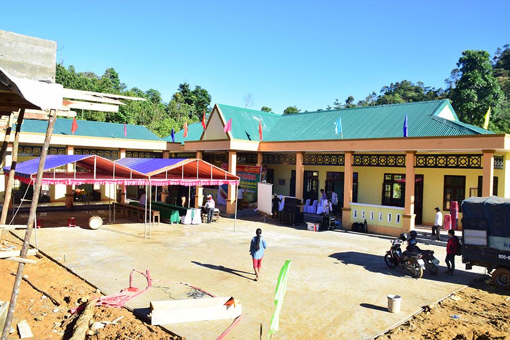 Điểm trường khu dân cư Khe Chữ được xây dựng khang trang. Ảnh: THANH THẮNG