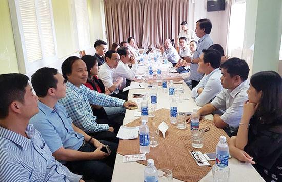 Rất nhiều doanh nhân tại TP.Hồ Chí Minh đến dự buổi gặp mặt. Ảnh: N.T.V
