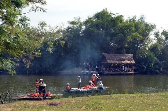 Du lịch cộng đồng Triêm Tây từng được xe là mô hình thành công trong các làng du lịch cộng đồng ở Quảng Nam