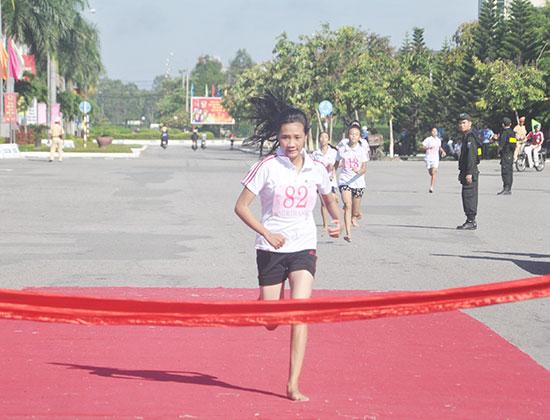 Công tác chuẩn bị chu đáo sẽ giúp cho các cuộc so tài tại Giải việt dã truyền thống Báo Quảng Nam nâng cao hơn chất lượng. Ảnh: A.S