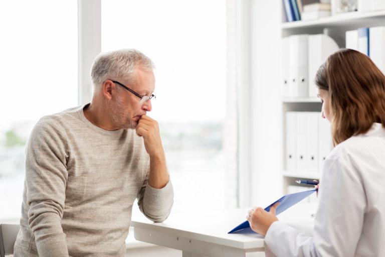 Việc phát hiện và chẩn đoán bệnh ung thư ở rất nhiều bệnh nhân diễn ra khá muộn.Ảnh:livebetterwith