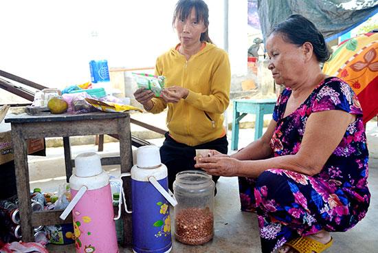 Sinh kế của gia đình bà Nguyễn Thị Côi để đắp đổi qua ngày. Ảnh: QUANG VIỆT