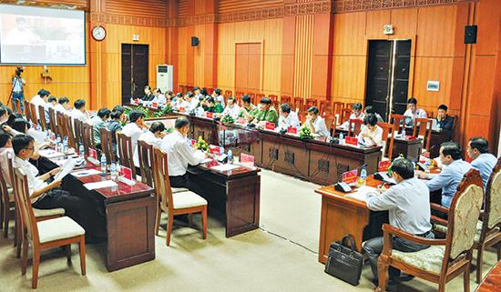 Ủy ban Kiểm tra Tỉnh ủy tổ chức hội nghị sơ kết nửa nhiệm kỳ thực hiện công tác kiểm tra, giám sát và thi hành kỷ luật của Đảng. Ảnh: N.Đ