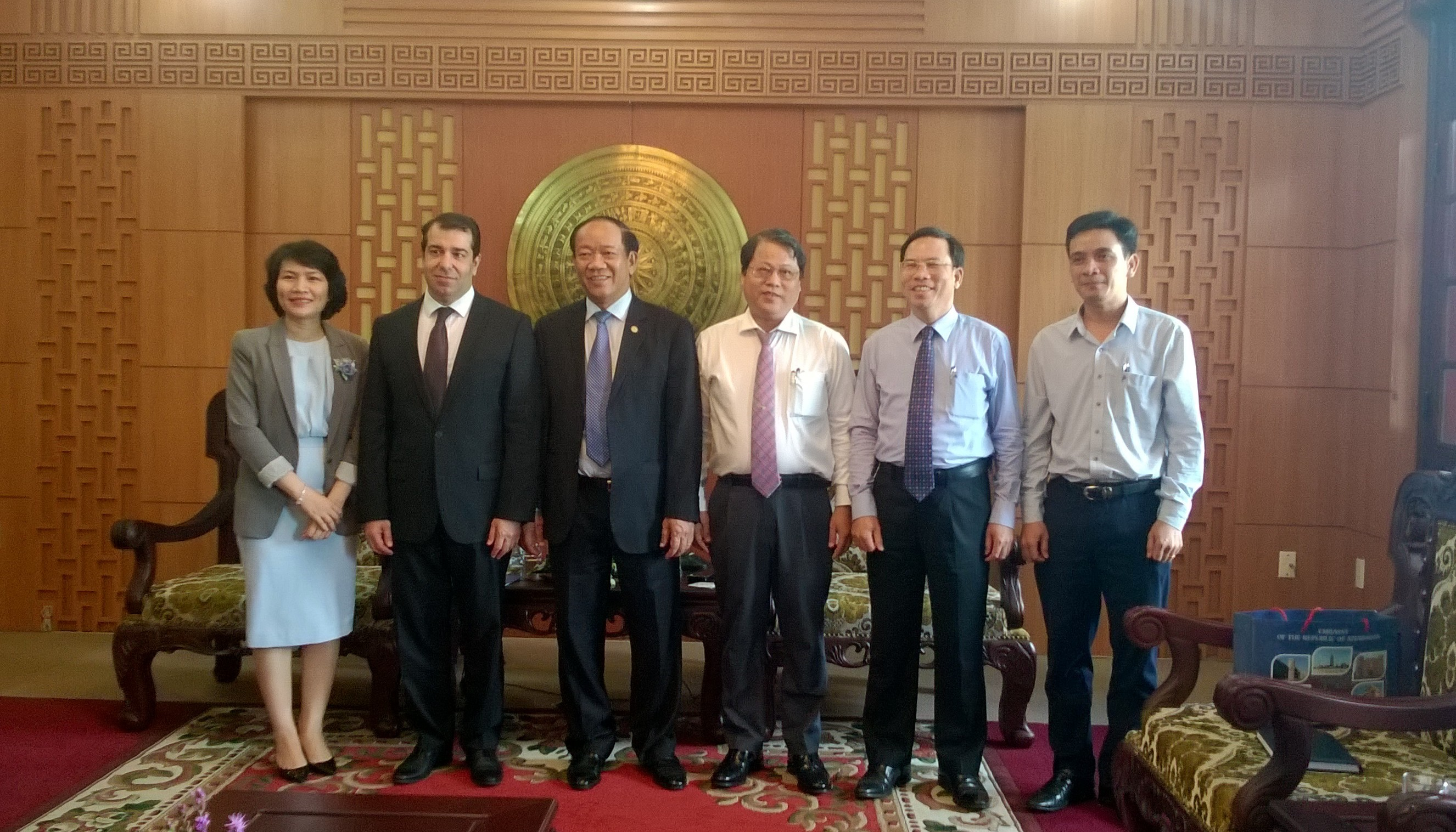 Ambassador Anar Imanov (second from the left) in Quang Nam province