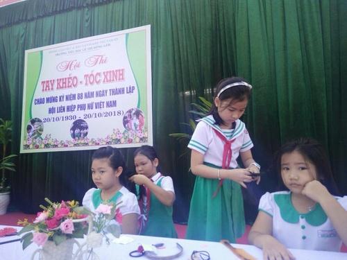 Học sinh Trường Tiểu học Lê Thị Hồng Gấm tham gia hội thi