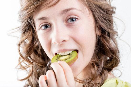 Nhiều lợi ích không thể phủ nhận từ trái cây chua - Ảnh: Internet