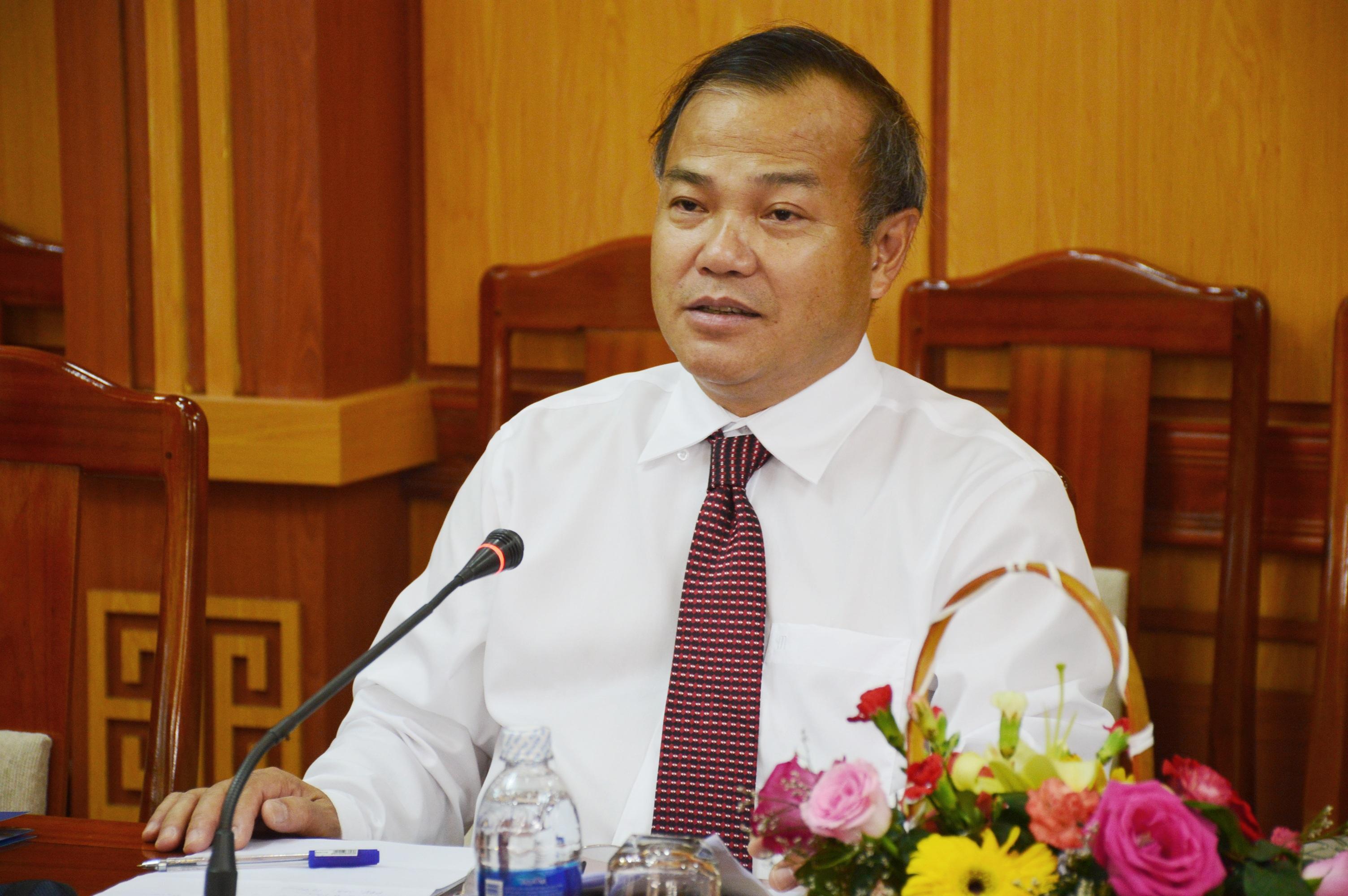 Đại sứ Đặc mệnh toàn quyền Việt Nam tại Nhật Bản Vũ Hồng Nam cho rằng, Quảng Nam cần phát huy nguồn lực lao động dồi dào bằng việc tìm kiếm cơ hội tại thị trường Nhật Bản. Ảnh: Q.T
