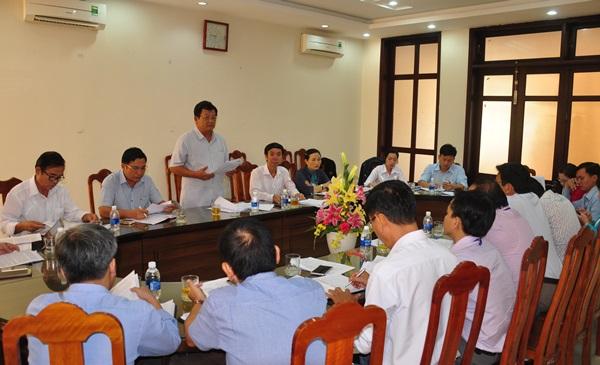 Ban Kinh tế - ngân sách HĐND tỉnh làm việc với UBND huyện Nông Sơn về tình hình kinh tế - xã hội năm 2018, nhiệm vụ trọng tâm năm 2019. Ảnh: N.Đ