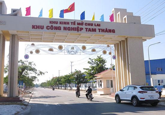 Dự án đầu tư kinh doanh phát triển hạ tầng KCN Tam Thăng là một trong những dự án gặp vướng mắc được kiến nghị lên chính quyền. Ảnh: T.D