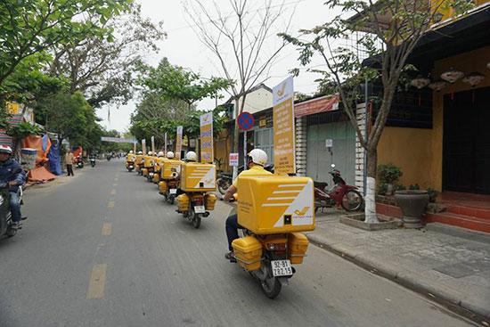 Bưu điện Quảng Nam đang cải tiến các hoạt động truyền thống của mình đáp ứng nhu cầu của xã hội hiện đại....  Ảnh: BĐQN