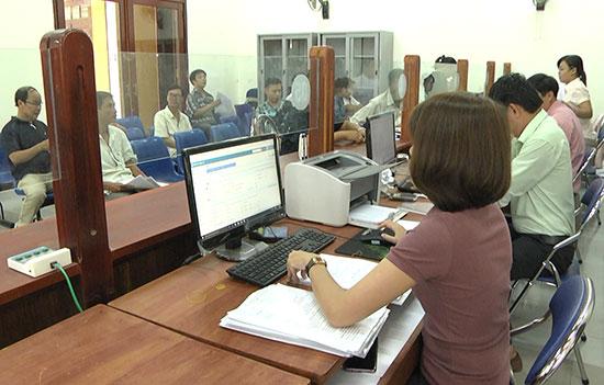 Việc nâng cao chất lượng dịch vụ hành chính công được TP.Hội An chú trọng. Ảnh: Phan Sơn