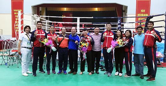 Niềm vui của lãnh đạo và vận động viên Võ cổ truyền Quảng Nam sau khi kết thúc đại hội. Ảnh: A.N