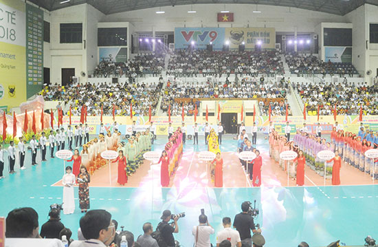 Lễ khai mạc giải Bóng chuyền nữ quốc tế cúp VTV9 Bình Điền được tổ chức tại Quảng Nam.Ảnh: T.V