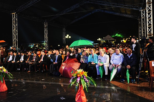 The overview of the event to welcome the 3.8 millionth tourist to Quang Nam in 2018.
