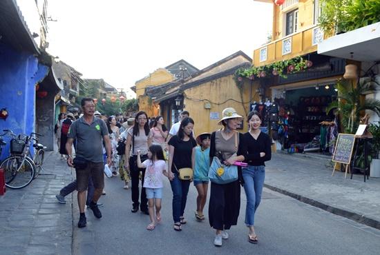 Du lịch Quảng Nam cần đa dạng hơn các sản phẩm, nhất là các dịch vụ vui chơi giải trí