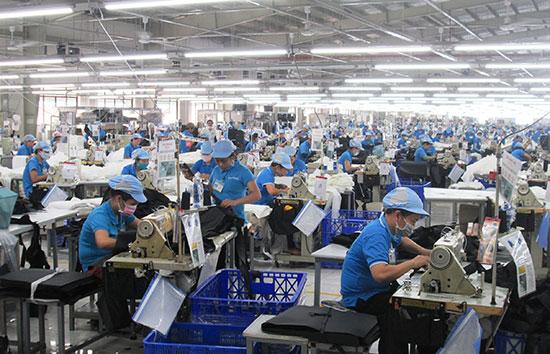 Năm 2018, ngành công nghiệp – tiểu thủ công nghiệp của Duy Xuyên tiếp tục tăng trưởng ổn định. Ảnh: H.N