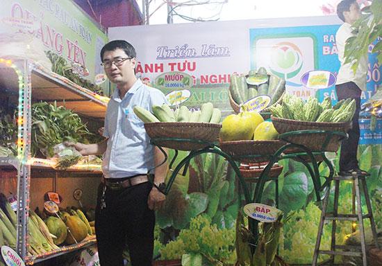 Sản phẩm rau an toàn của THT Quảng Yên (Đại An) có mặt tại triển lãm thành tựu công nghiệp và nông nghiệp của huyện Đại Lộc năm 2018. Ảnh: TRIÊU NHAN