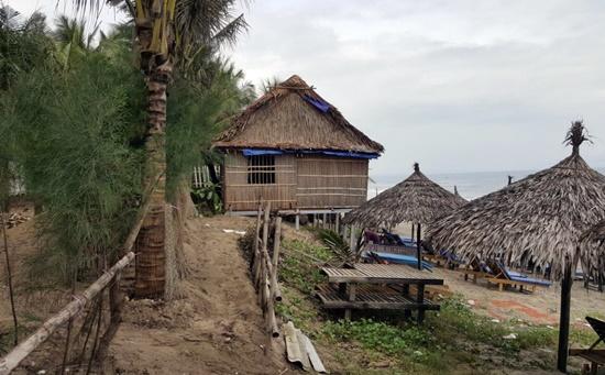 Ngôi nhà làm trái phép trên đất của rừng thông