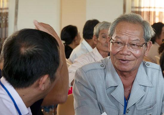Ông Trần Ngọc Cảnh - Chủ tịch HĐH Quảng Nam - Đà Nẵng tại Bình Phước, người lưu giữ những câu chuyện của người Quảng nơi vùng đất đỏ miền Đông. Ảnh: XUÂN THỌ