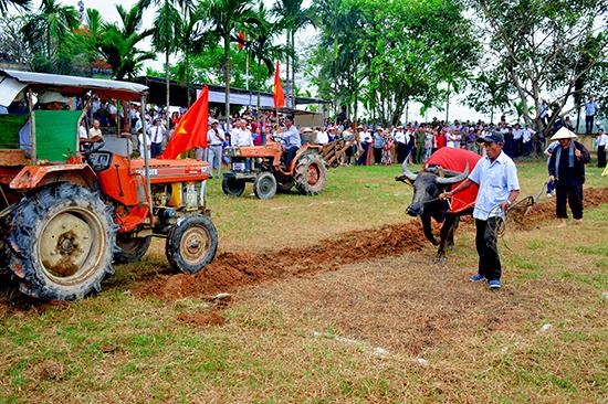 Lễ hội Tịch điền làng Diệm Sơn năm 2018.