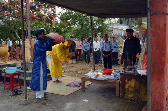 Giỗ tổ làng mộc Kim Bồng nhằm tri ân công đức tiền nhân