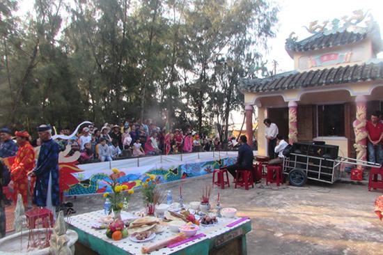 Lễ cầu ngư làng Lộc Đông, xã Tam Tiến (Núi Thành). Ảnh:  VĂN PHIN