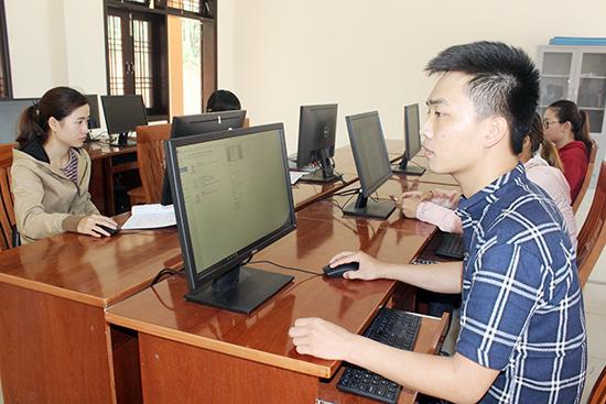Các trường nghề của tỉnh sẽ bắt đầu tuyển sinh đào tạo nghề kể từ bây giờ. Ảnh: D.L