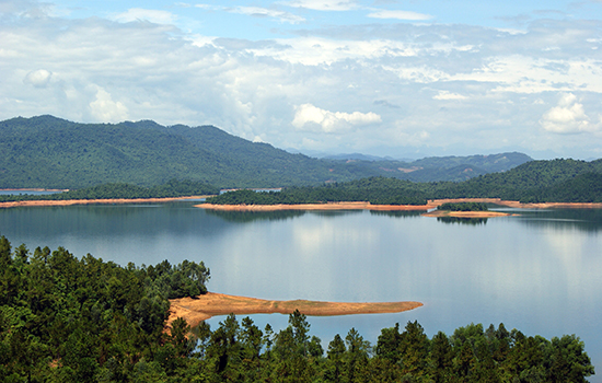 Hồ Phú Ninh. Ảnh: PHƯƠNG THẢO