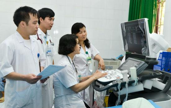 Áp dụng EMR mang đến nhiều tiện ích cho người bệnh vào cơ sở khám chữa bệnh.