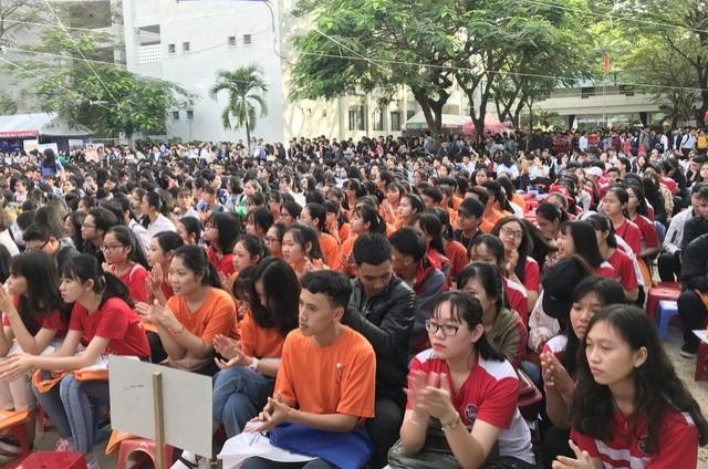 Gần 1.000 học sinh Đà Nẵng, Quảng Nam tham gia ngày hội. ảnh: X.L