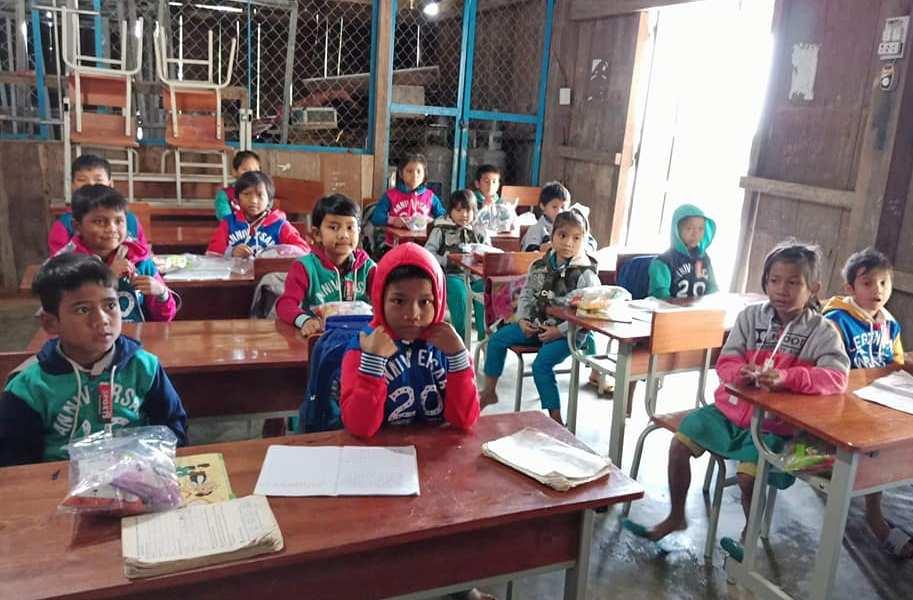 Học sinh dân tộc thiểu số trên địa bàn tỉnh được hỗ trợ tiền ăn, chi phí học tập.