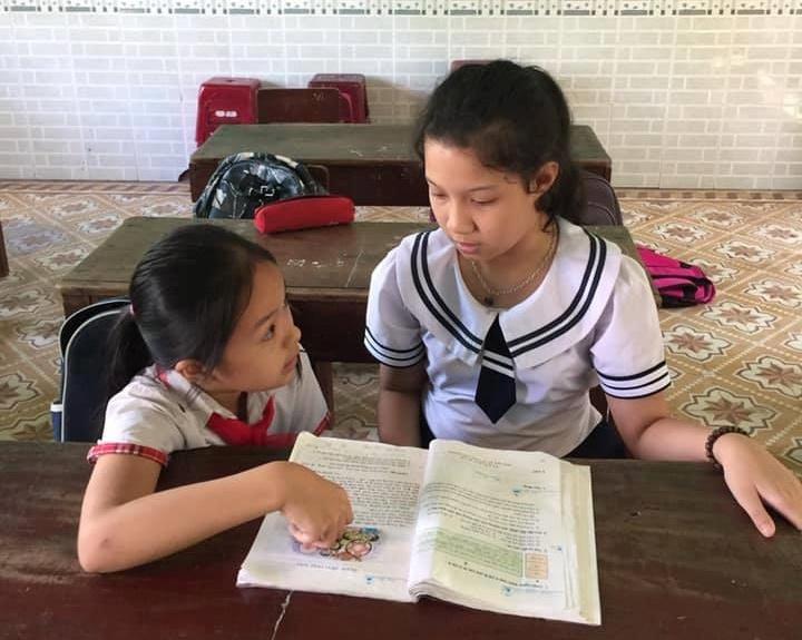 Không chỉ giúp bạn di chuyển, Mỹ Duyên còn giúp bạn biết đọc, viết, biết chia sẻ. Ảnh: L.N