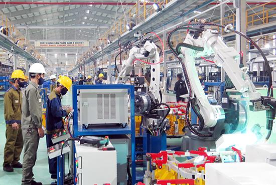 Mở rộng khu công nghiệp cơ khí ô tô và dự kiến sẽ xuất khẩu ô tô du lịch ngay trong năm 2019.Ảnh: T.D