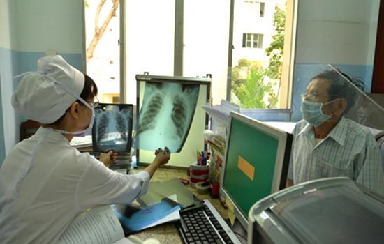 Tầm soát chẩn đoán và tổ chức điều trị cho người bệnh lao cần sự chung tay của cộng đồng. Ảnh: S.T