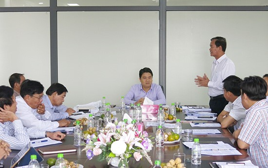 A dialogue between Quang Nam's leaders and businesseses' representatives to unbind their difficulties, an affective chanel to raise Quang Nam's PCI