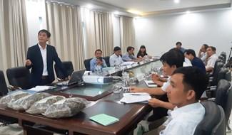 Nghiệm thu đề tài về nghiên cứu, phát triển cây chè dây trên địa bàn xã Tư, huyện Đông Giang. Ảnh: TRIÊU NHAN
