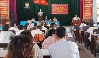 Quang cảnh buổi tiếp xúc cử tri các xã vùng A Đại Lộc. Ảnh: HOÀNG LIÊN