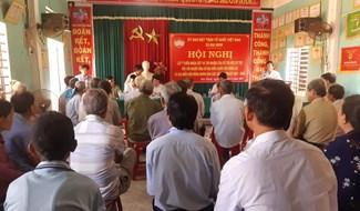 100% cử tri nơi cư trú thôn Tây Gia, xã Đại Minh, Đại Lộc thống nhất giới thiệu ông Nguyễn Văn Hiếu ứng cử ĐBQH khóa XV. Ảnh: HOÀNG LIÊN